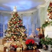 Сезон новогодних подарков